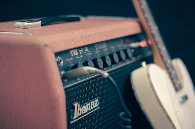 10 Speaker Berkualitas yang Menghasilkan Suara Jernih Terbaik
